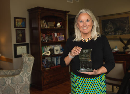 UWF President Martha Saunders earned the 2020 Pinnacle Award from 850 Magazine. The award spotlights leading women in business who hold themselves to high standards and contribute to the betterment of the community.